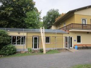Dach-Anbau-1-300x225 in abgeschlossene Baustellen